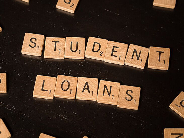 5 Essential Questions to Ask Before Refinancing Student Loans
